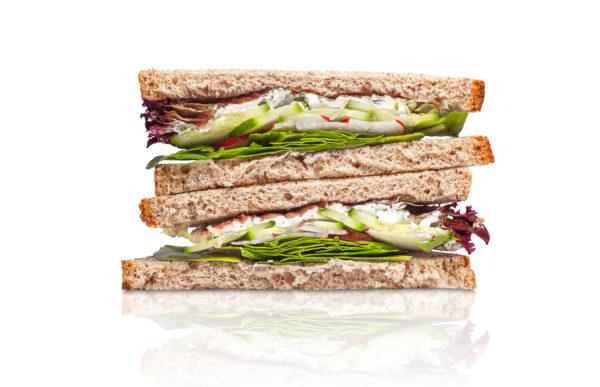 Dillu-krēmsiera maizīte